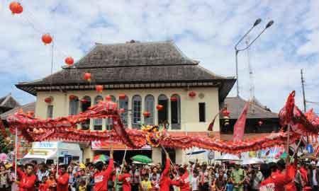 #PilihYangBeda Rayakan Semarak Imlek di Kota-Kota Besar Indonesia