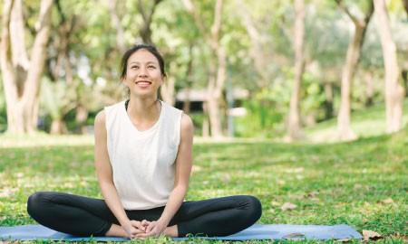 Meditasi Lagi Jadi Tren Olahraga Kekinian, Apa Saja Manfaatnya?