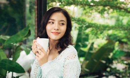 Menenangkan Diri dengan 4 Jenis Teh dari Indonesia yang Mendunia