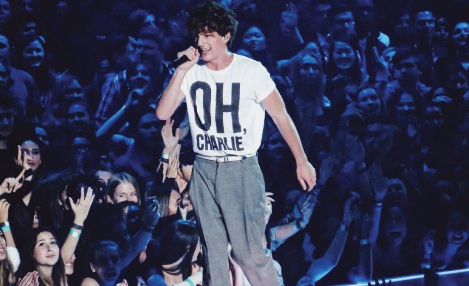 Fans Charlie Puth Merapat, Voicenotes Bakal Dirilis Bulan Ini