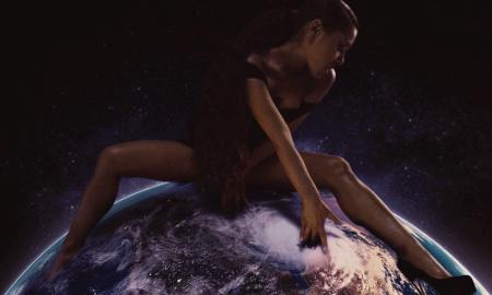Melihat Kematangan Musikalitas Ariana Grande Dalam 'God Is A Woman'