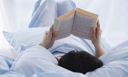 #PilihYangBeda Nikmati Weekend, Belajar Hidup Lebih Positif Lewat Deretan Buku Ini