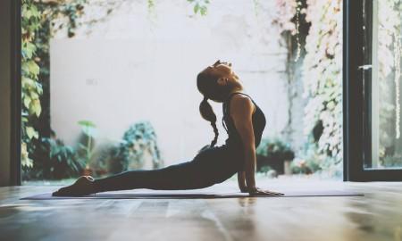 #PilihYangBeda Usir Stres, Coba Gerakan Yoga Ini Yuk!