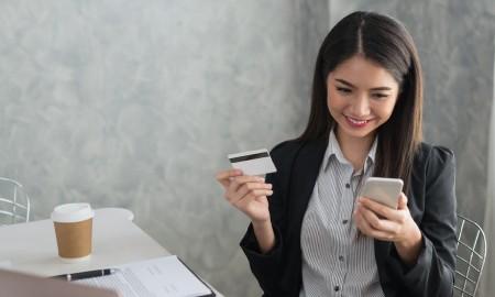Seberapa Penting Peran Kartu Kredit untuk Pekerja Milenial?