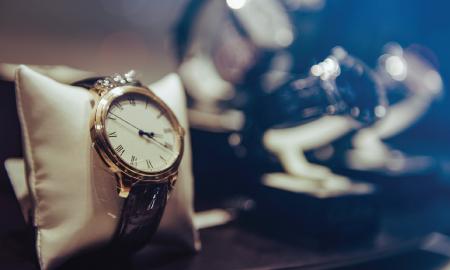 Tak Asal Dipakai di Tangan, Memakai Arloji Ada Panduannya Sendiri Lho
