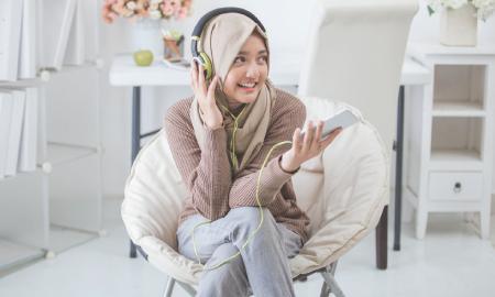 Bikin Ramadan Makin Teduh, Isi Lagu Religi Terbaru di Playlist Kamu yuk