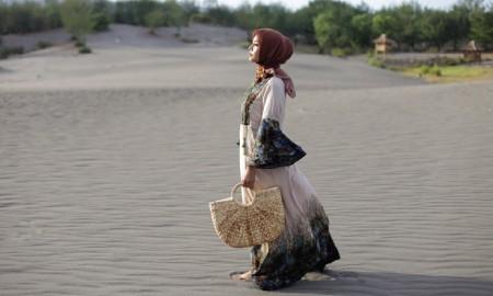 Hijab Essentials yang Bikin Penampilan Stunning Disetiap Acara Bukber