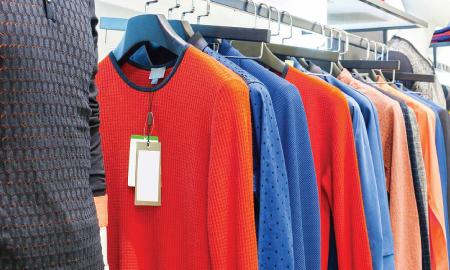 Pahami Risiko yang Bisa Kamu Alami Apabila Menggunakan Baju Baru tanpa Dicuci Dulu