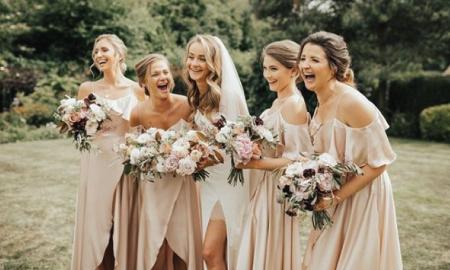 Kumpulan Inspirasi Baju Bridesmaid yang Bisa Kamu Tiru Nih!
