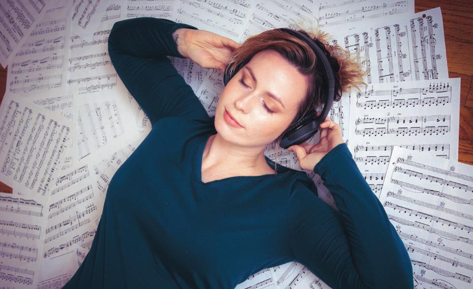 Manfaat Mendengarkan Musik Klasik Bagi Manusia Secara Ilmiah