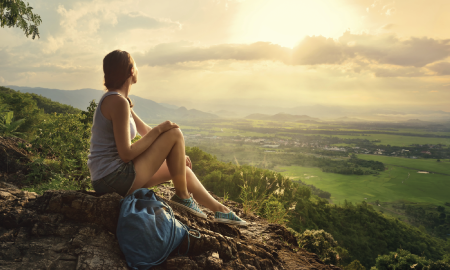 Apa Itu Nomadic Traveling? Coba Yuk Bareng Pasangan!