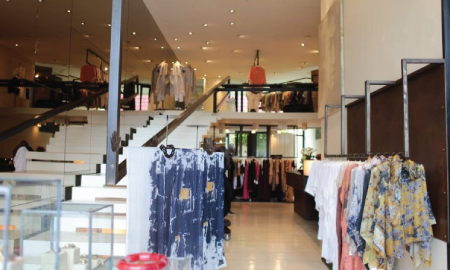 Rekomendasi Tempat Berburu Pakaian Vintage di Jakarta