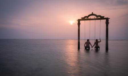 Destinasi Traveling Terpopuler untuk Merayakan Valentine di Indonesia