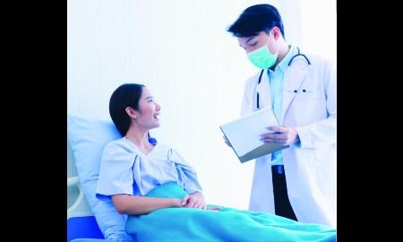 4 selebriti yang sukses melawan penyakit kritis